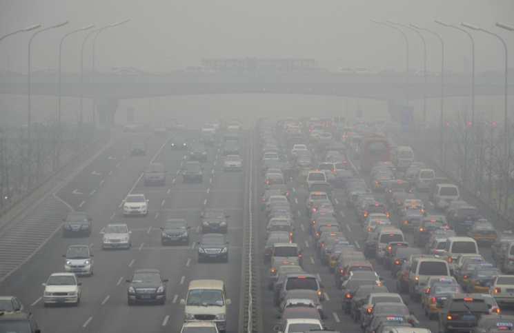 contaminacion ambiental humo vehiculos